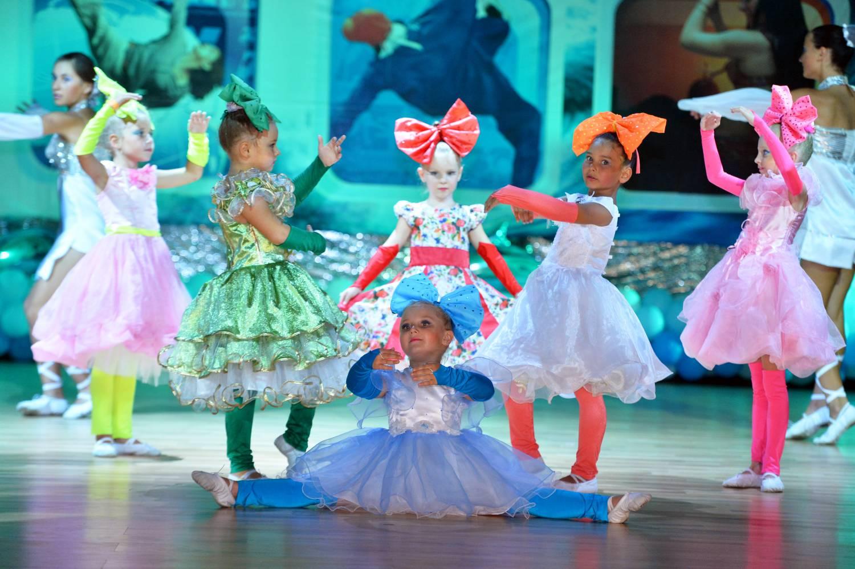 Лучшие фото танцующих детей